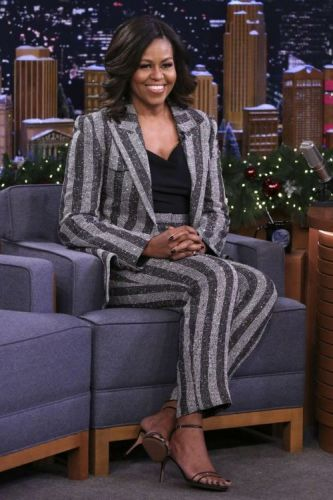 Happy Birthday Michelle Obama! See 157 of Her Best LooksTracing
