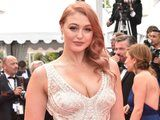 Iskra Lawrence Just Proved That Rose Gold Hair Is Anything but Dead