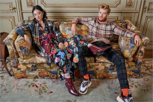 Simons Tackles Tartan Trend for Latest Style Edit