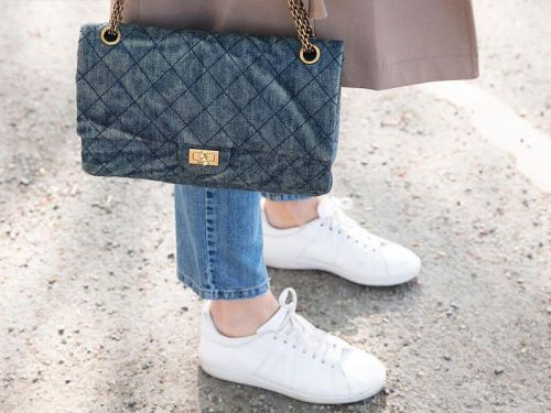The White Sneakers Nearly Every Fashion Girls Own