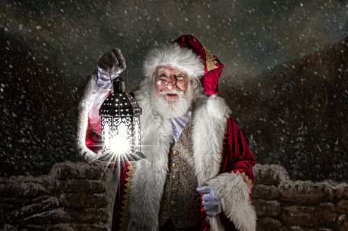 Being Santa Claus makes this Orthodox man a 'better Jew'