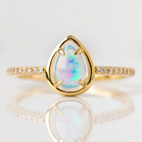 Opal Jewelry to Shop, Because Iridescent Is the New Black