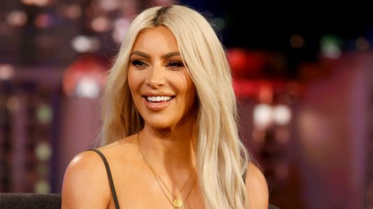 Kim Kardashian Debuts Her New Pink Hair - and Yes, It's Her Real Hair!