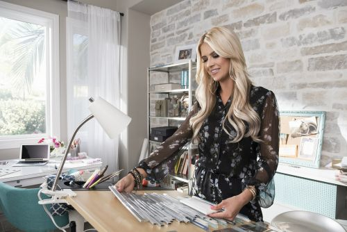 'Flip or Flop' star goes solo in 'Christina on the Coast'