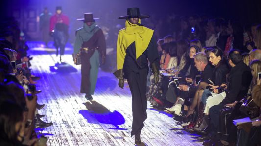 Marc Jacobs Served Up a Spectacular Dose of Old-School Drama for Fall 2018