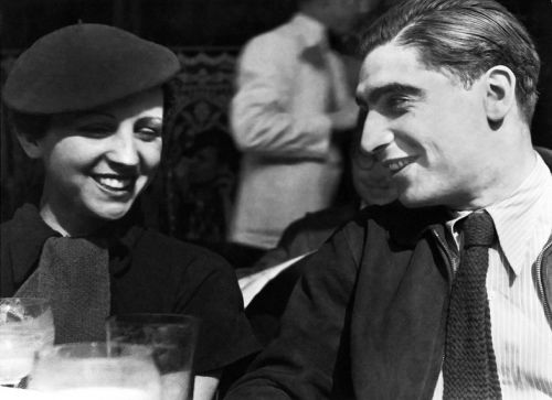 This Little-Known Female War Reporter Was Robert Capa's Right Hand