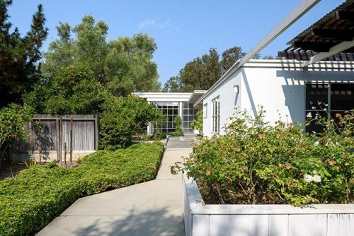 Lutah Maria Riggs' Iconic Erdman House Goes on Sale For The First Time in 50 Years