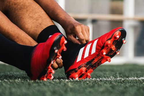 "Adidas Football Debuts Full ""Mutator"" Pack"