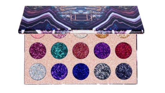HipDot Cosmetics' New Palette Is the Easiest Way to a Glitter Eye