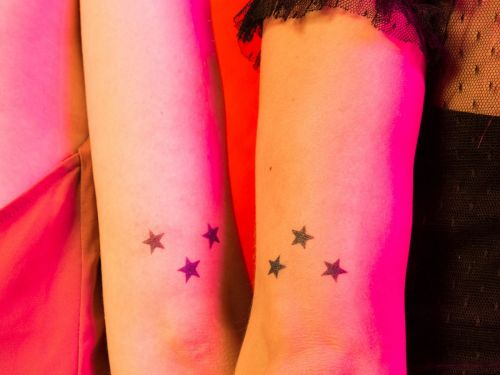 11 Sibling Tattoos That Your Parents Can't Get Mad About
