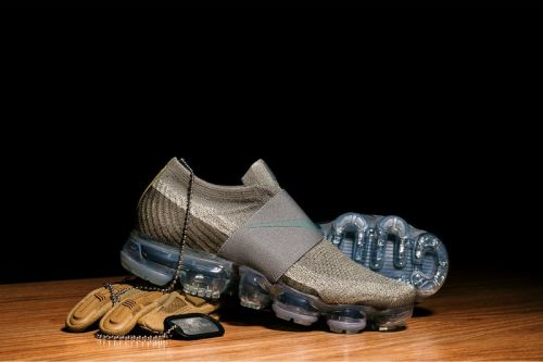 The Nike Air VaporMax Laceless Gets a Luxurious Olive Colorway