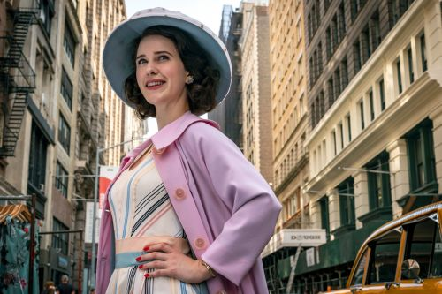 'The Marvelous Mrs. Maisel' bus tour rolls into NYC