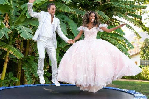 'The Bachelorette' recap: Tayshia's suitors expose themselves
