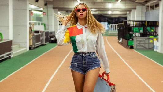 No One Can Dress Up Jean Shorts Like Beyoncé Can Dress Up Jean Shorts