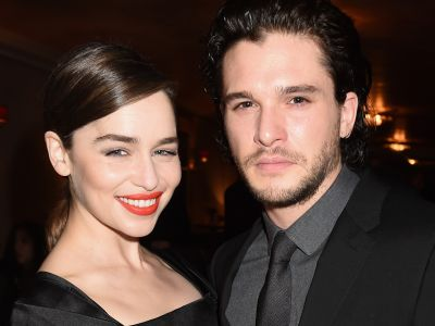 Emilia Clarke Giggling At Kit Harington's Dragon Impersonation Is All Of Us