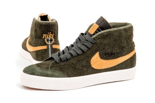 Nike Links up With WE CLUB 58 on a Unique SB Zoom Blazer Mid Design