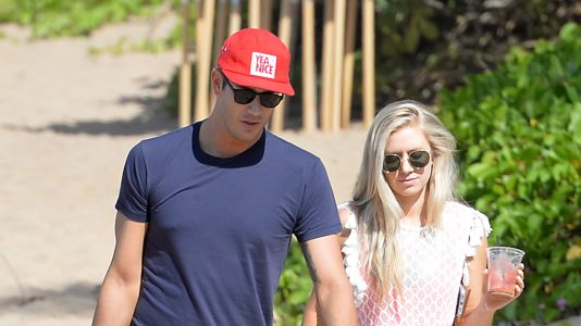 'Bachelor' Newlyweds Arie Luyendyk Jr. and Lauren Burnham Continue to Honeymoon in Hawaii
