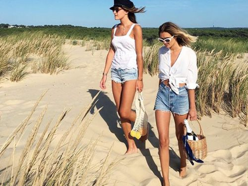 What a Fashion Editor Packs for a Beach Vacation