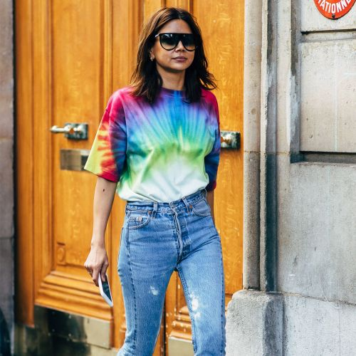 How to Wear Jeans and a T-Shirt All Season and Not Get Bored