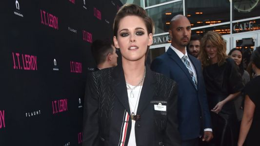 Kristen Stewart Provides Further Proof Thom Browne Suits Are Becoming a Red Carpet Staple