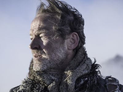 Even The Actor Who Plays Jorah Mormont Is Team Jon Snow
