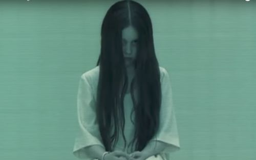 The Girl from 'The Ring' Is Stunning Now, and Suddenly We Wouldn't Mind Getting a Call from Her