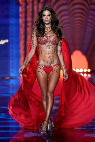 Happy Birthday, Alessandra Ambrosio!!To celebrate, we're