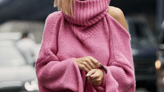 22 Open Back Sweaters to Spice Up Your Cold-Weather Wardrobe