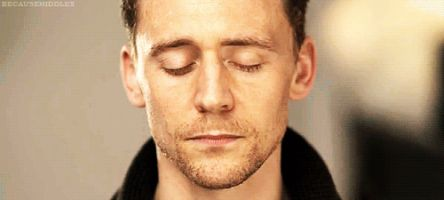 Tom Hiddleston Is Only the Latest Internet Boyfriend to Play Hamlet