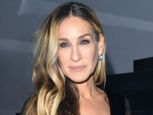 The $49 Bra Sarah Jessica Parker Wore on the Red Carpet in Italy