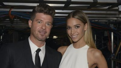 Robin Thicke's Girlfriend April Love Geary Reveals Pregnancy With Sonogram And Vacation Photos