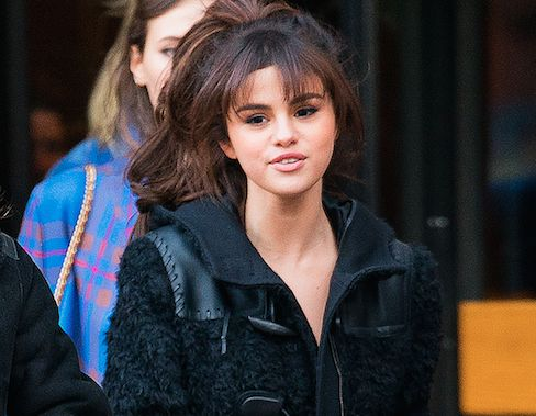 Selena Gomez Gets Cuddly With Female Friend Amid Justin Bieber Split