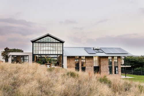 The Zwavelpoort Conservatory Brings Modern Design to the South African Countryside
