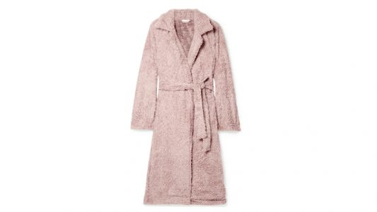 The Plush, Pink Robe Dara Can't Wait to Live in All Winter