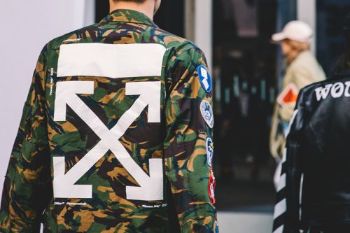 Shanghai Fashion Week SS19 Street Style Focuses on Logos & Trendy Footwear