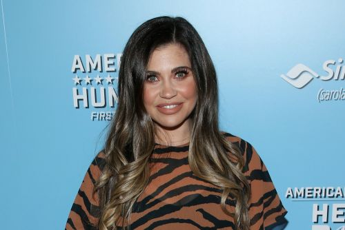 'Boy Meets World' star Danielle Fishel: Breast milk almost killed my baby