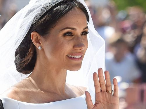 Meghan Markle's Wedding Day Bun Was Messy On Purpose, FYI