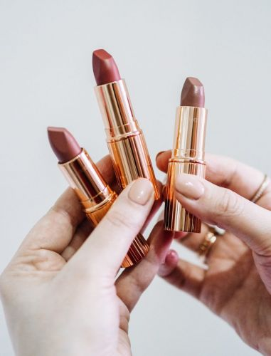Are 90's Supermodel Lips Really Back In Fashion? Charlotte Tilbury Matte Revolution Super Nudes