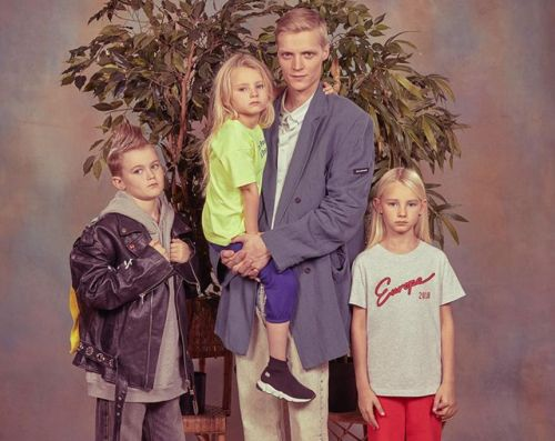 Balenciaga casts a load of real life families for its newest campaign