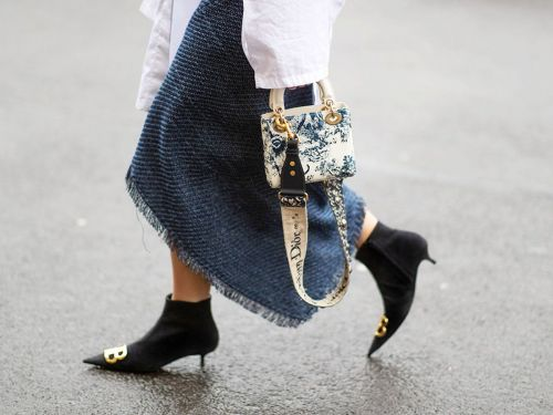 26 Ridiculously Pretty Designer Bags to Carry This Spring