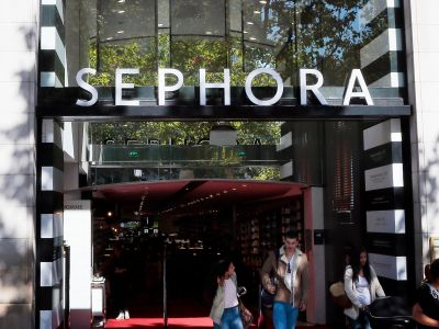 Sephora Just Launched Its Own Reddit - & We Can't Stop Reading These Threads