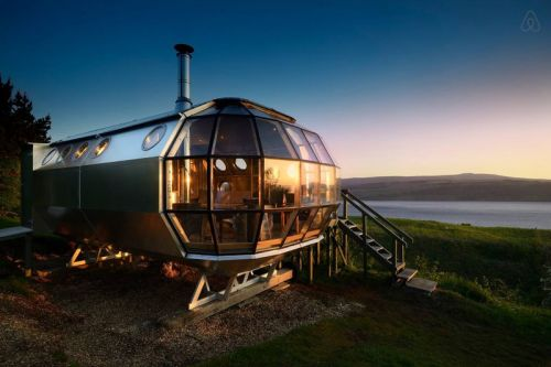 The AirShip 002 Is a Sub-Inspired Cabin in the Scottish Highlands