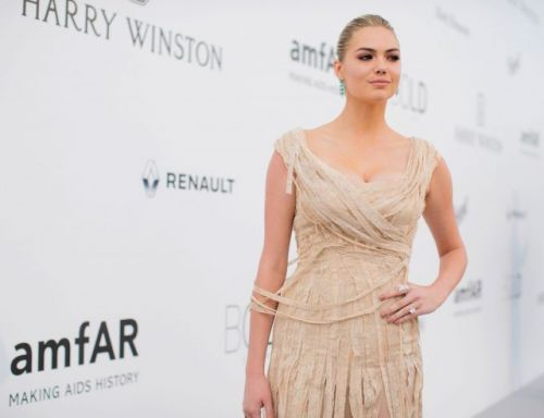 Kate Upton Stands Up, Teen Vogue Changes Ranks and the News This Week
