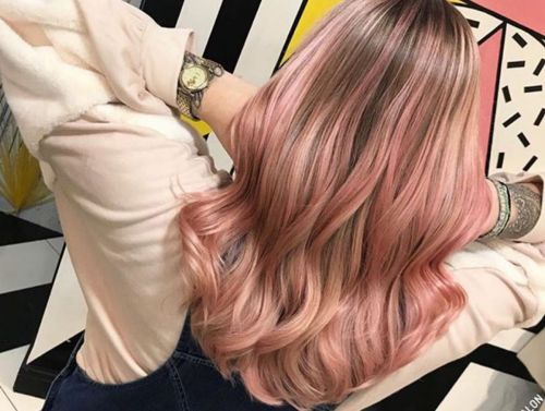 Pink lemonade hair will get you feeling fresh for spring