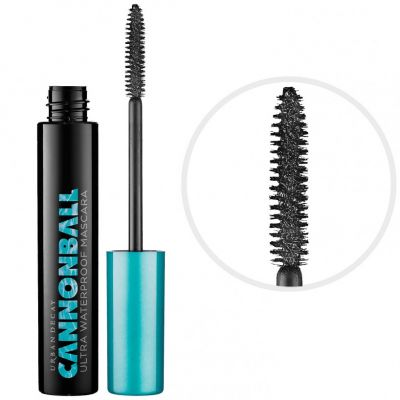 The Best Mascaras That Won't Budge-Even in Extreme Humidity