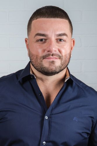 """Q&A with Jay """"Majors"""" Raposo, Owner of Major League Barbershop and Academy"""