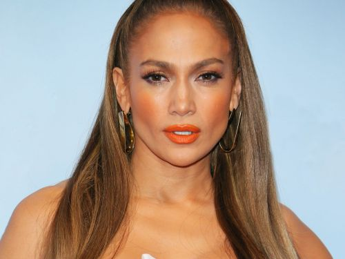 The Secret To Jennifer Lopez's Youthful Skin Is So L.A