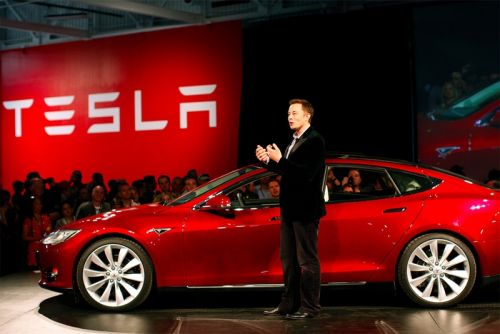 Elon Musk Takes Over Tesla Model 3 Production