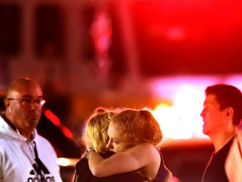 'Seen It Twice': Survivors of Vegas Concert Massacre Were at Calif. Bar During Mass Shooting, Locals Say