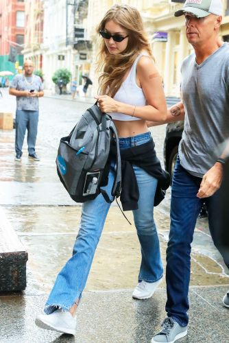 The Jeans Gigi Hadid Is Wearing With Sneakers Now